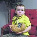 Big sweet potato grows in Pine Ridge