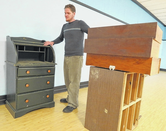 mt airy news new consignment store to aid local agencies