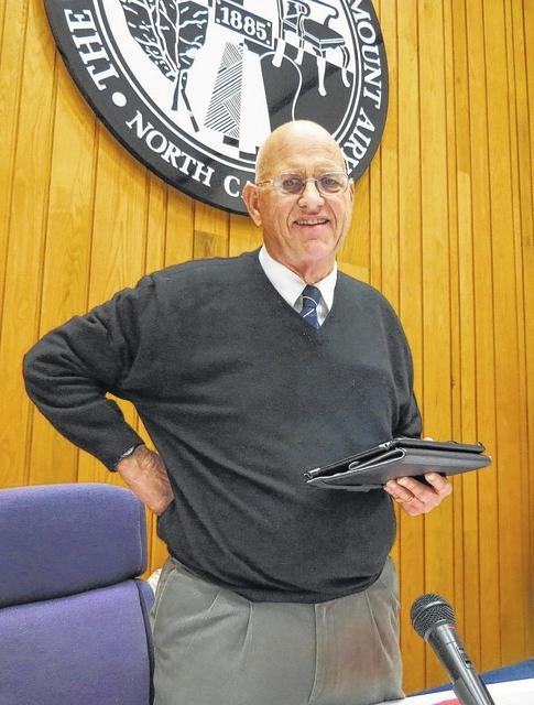 Officials say city board 'broken'