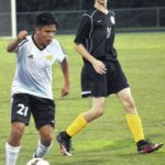 Eagles stay unbeaten with 3-1 win
