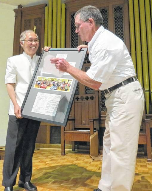 Mt. Airy News   Siamese Twins provide Thais that bind
